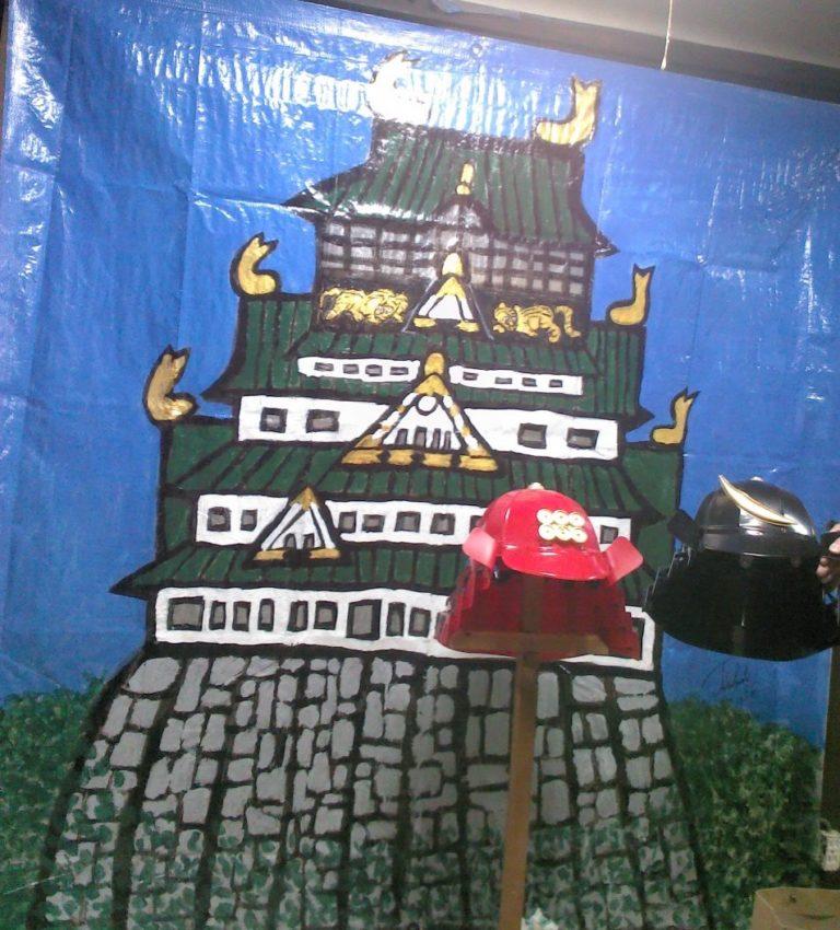 ビニールシートにペイント(大阪城)